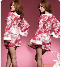 Халатик кимоно с цветами и бантом